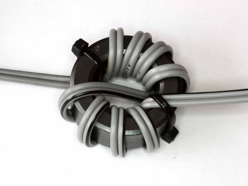 An Inexpensive Medium Power Tuner Current Balun For Hf